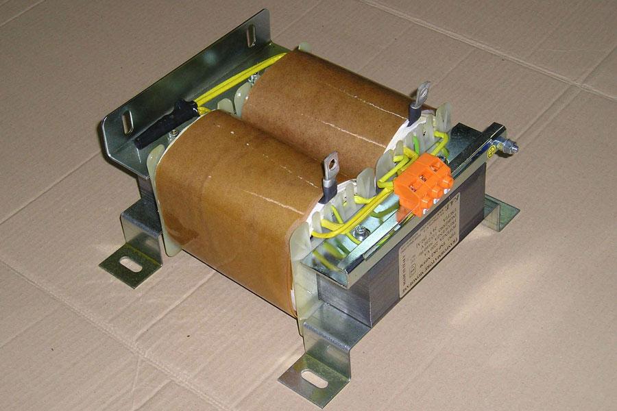 2200 VA - Transformador monofásico