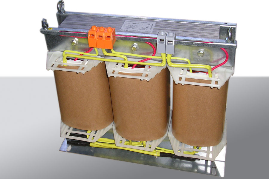 12500 VA Three to Single Phase Transformers.