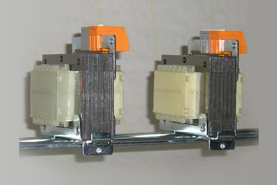 30 VA Single-Phase Autotransformers - Autotrasformatore monofase.