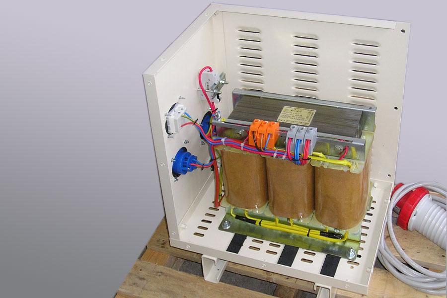 Trasformatore in cassetta da cantiere
