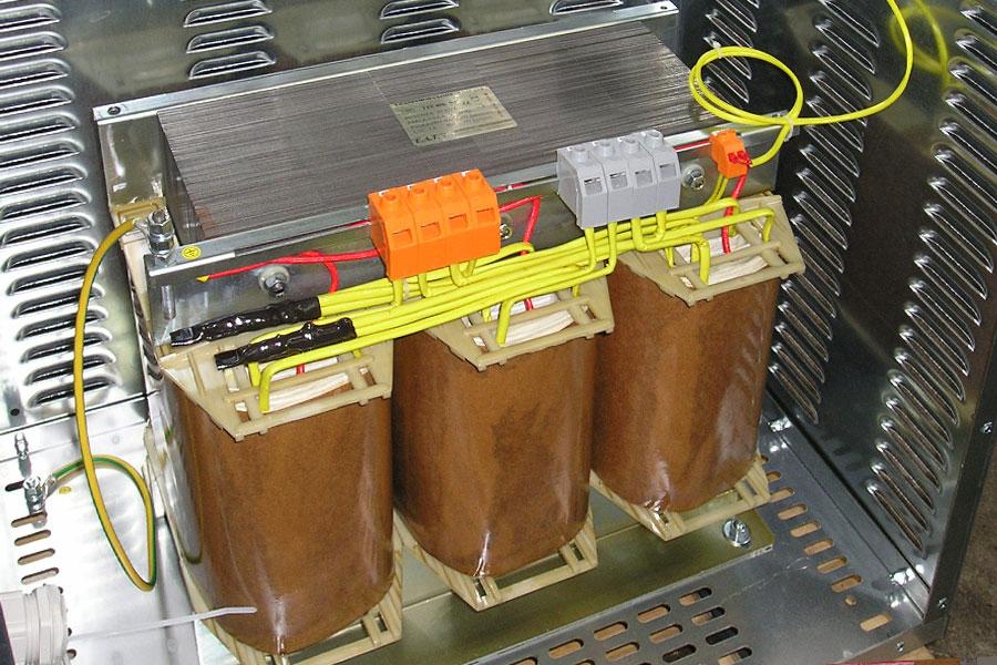 40-KVA Autotrasformatore trifase
